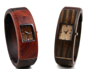 Hlw045 OEM Men′s and Women′s Wooden Watch Bamboo Watch High Quality Wrist Watch pictures & photos