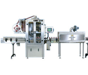 Labeling Machine /Sleeve Labeling Machine for Shrinking Label pictures & photos