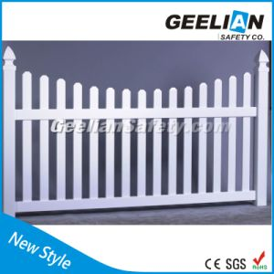 Europe Style UV Proof Hot Sale White PVC Privacy Fence Panel pictures & photos