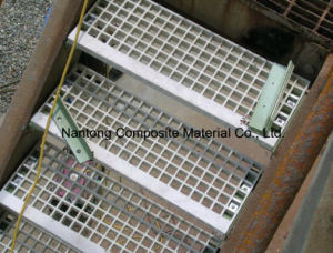 Fiberglass Gratings/GRP FRP Products/Profiles and Struectures pictures & photos