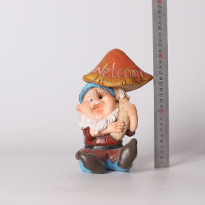 Resin Gnome Dwarf Figure Mushroom Home Window Decoration pictures & photos