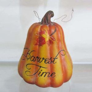 Resin Pumpkin Figurine Halloween Festival Decoration pictures & photos