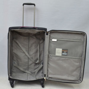 Chubont Hot Selling 4 Wheels Built-in Rolling Luggage Suitcases pictures & photos
