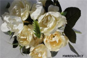 Wholesale Cheaper Artificial Flower Bouquet for Home Decoration pictures & photos