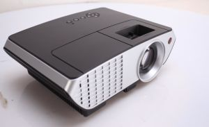 Yi-803 2017 Newest HD Model Home Use Beamer HDMI 2000lumens Projector LED Projector pictures & photos