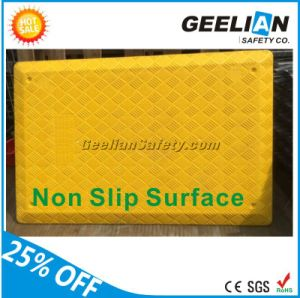 Plastic Trench Cover with Iron Barrier for Road Work pictures & photos