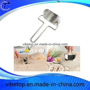 Factory Price High Quality Durable Convenient Dumpling Skin Knife pictures & photos