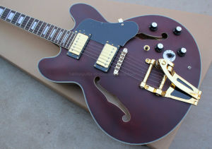 Hanhai Music / Semi-Hollow Electric Guitar with Tremolo System (ES-335) pictures & photos