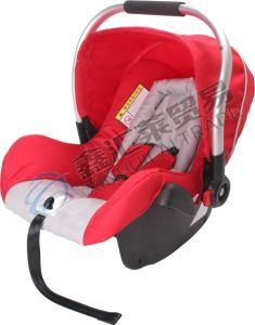 Portable Baby Car Seat with ECE R44/04 Approved pictures & photos