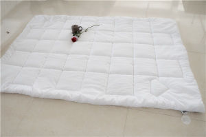 2016 Hot Sale Carbon Thread Quilt Made in China pictures & photos