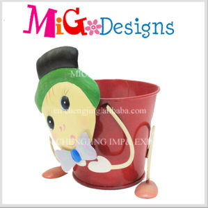 Iron Plant Pot 2016 New Customized Little Funny Pig pictures & photos