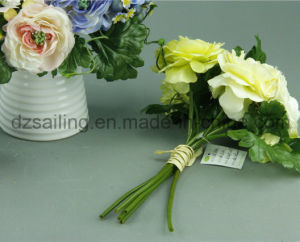 Decorative Artificial Flower of Ranunculus and Berry Bouquets (SF12506) pictures & photos