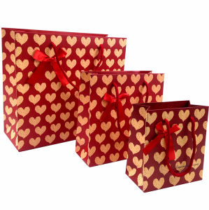 Hot Stamping Golden Heart Paper Bags pictures & photos