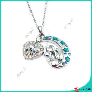 Fashion Moon and Heart Charm Pendant Fashion Necklace (PN) pictures & photos