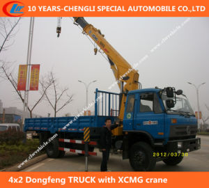 4X2 Dongfeng Truck with XCMG Crane pictures & photos