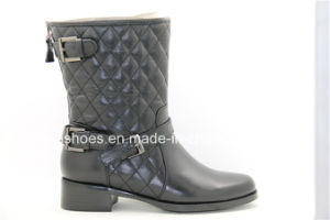 Comfort Low Heels Fashion Leather Lady Ankle Boots pictures & photos