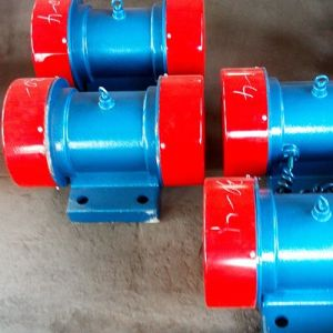 Vibrating Motor Used for Vibrating Screen Vibrating Feeder pictures & photos