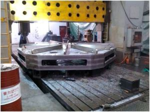 Large Size Metal CNC and Turning Production (10000*5000*3000mm) pictures & photos