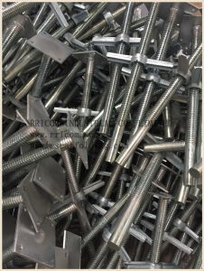 Electric/Zinc Plated/Galvanized Scaffolding Adjustable Screw Base Jack pictures & photos