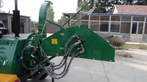40HP Hydraulic Mobile Wood Shredder pictures & photos