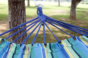 Single Person Fringe Outdoor Swing Hammock pictures & photos