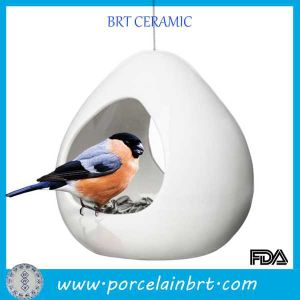 New Product White Ceramic Bird Feeder with Wire pictures & photos