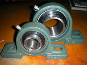 Low Price Good Quality Pillow Block Bearing Made in China pictures & photos