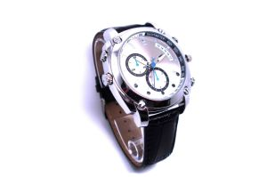 Mini Camera Watch 1080p Waterproof Micro 4LED for Night Vision Video Surveillance 4GB-16GB (QT-IR004) pictures & photos