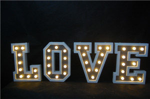 Love Word Light with LED Christmas Decoration Wood Light pictures & photos