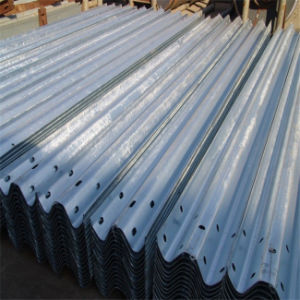 Galvanized Three Wave Highway Guardrail pictures & photos
