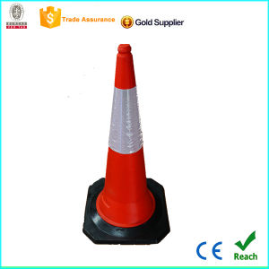 2015 Cheap PE Traffic Cone Barrier with Black Base pictures & photos