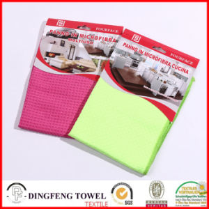 Professional Microfiber Waffle Kitchen Cafe Towels Df-1975 pictures & photos