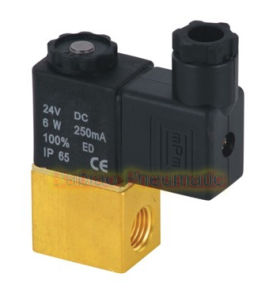 Brass Mini Solenoid Valve 2 Way 2V025 pictures & photos