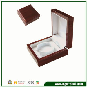 High Quality Custom Wooden Jewelry Box for Bangle pictures & photos