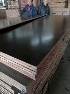 Hardwood Core Laminated Plywood Black Film for Pakistan Markets pictures & photos