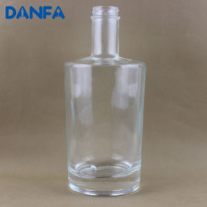 700ml Premium Glass Whiskey Bottle with Screw Top (DVB152) pictures & photos