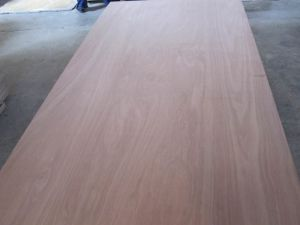Pencil Cedar Plywood Whole Sale, Whole Sale Red Cedar Veneer Plywood pictures & photos