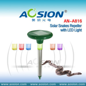 Solar Snake Repeller with LED Light (AN-A816)