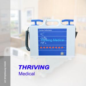 Portable Manual External Defibrillator Machine pictures & photos
