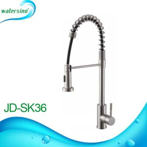 Stainless Steel 304 Brushed Watermark Pull out Kitchen Mixer Sink Faucet pictures & photos