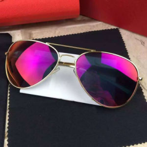 2016 Fashion Mirror Polarized Sunglasses for Man/Woman pictures & photos