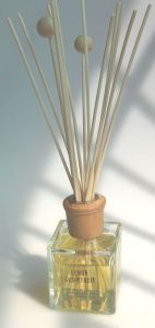 Reed Diffuser (107) Air Freshener Oil Diffuser Decorative Artificial Rattan Oil Diffuser pictures & photos
