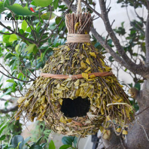 Wooden Pet Home Straw Birdhouse for Garden