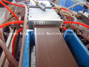 WPC Decking Board Machine for Outdoor Use pictures & photos