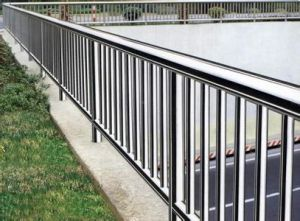 Stainless Steel Handrail pictures & photos