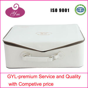 Professional White PU Leather Cosmetic Case pictures & photos