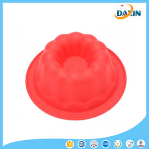 Homemade DIY Cute Shape Food Grade Non-Sticky Silicone Cake Mold pictures & photos