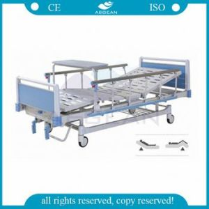 AG-Bys115 Adjustable Two Cranks Hospital Used Patient Metal Frame Manual Bed pictures & photos