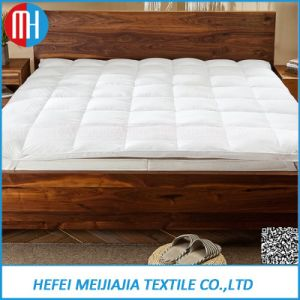 100% Cotton White Goose Feather Mattress for Sale pictures & photos