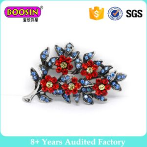 Factory Wholesale Sparkly Rhinestone Flower Brooch Pin pictures & photos